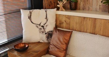 Rok 2015: Jaké barvy, vzory a materiál  nábytku letos frčí?