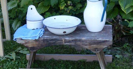 Zahradní umyvadlo, praktický doplněk na zahradu