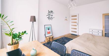 I do domácí pracovny patří kvalitní kancelářský nábytek!