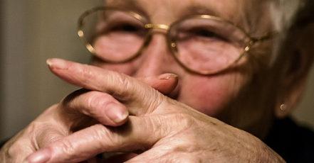 Mají starší lidé šanci na své bydlení?