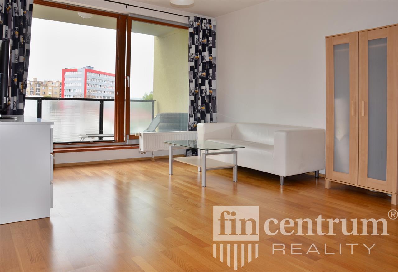 Díky Fincentrum reality najdete bydlení v Praze i jinde v ČR rychle, jednoduše, a navíc z pohodlí domova.