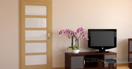 Interiér zkrášlíte nejenom malováním - obložkové zárubně