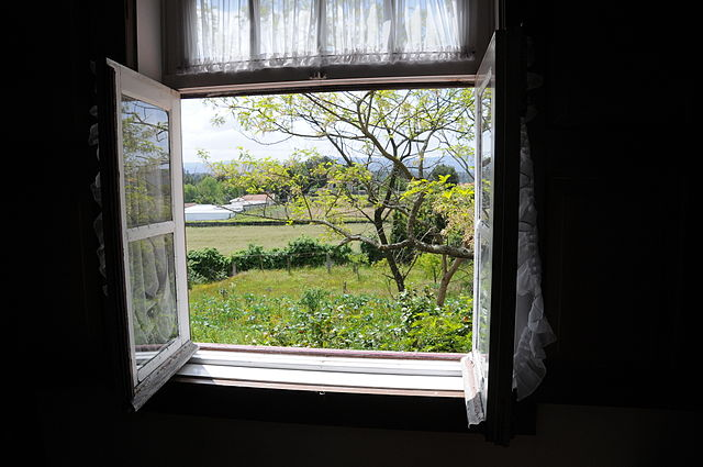 Renovujeme stará okna v domě