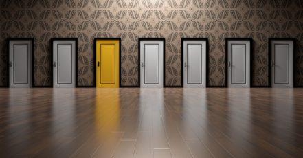 Vybíráme dveře: Poznáte pravé a levé?
