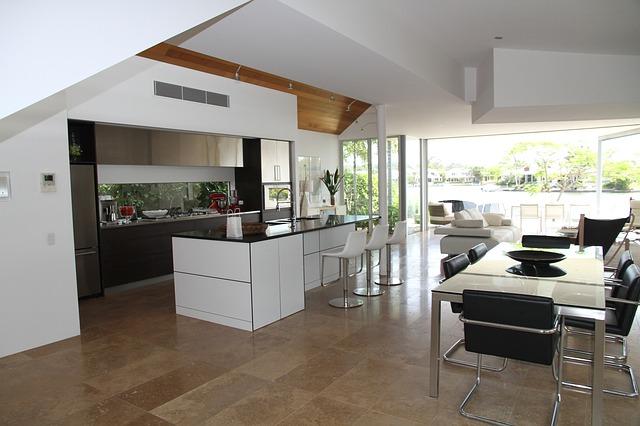 Přemýšlíte nad modernizací kuchyně? Víme, jakou barvu má mít kuchyňská linka