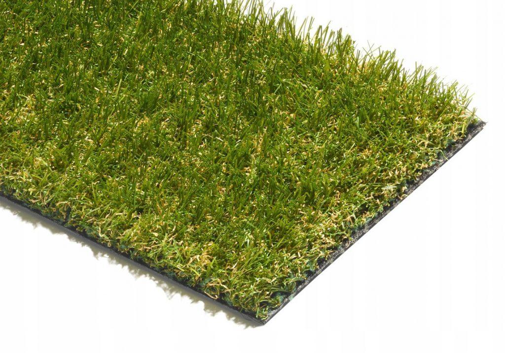 Umělý trávník skvěle nahrazuje přírodní trávu