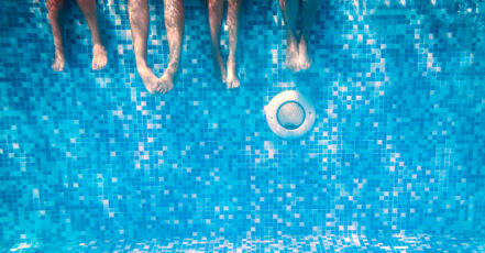 Rentmil – zapuštěné bazény i plastové poklopy vytvoří komfortní zahradu