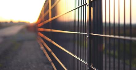 Kované ploty mohou být okrasné i efektivní zároveň